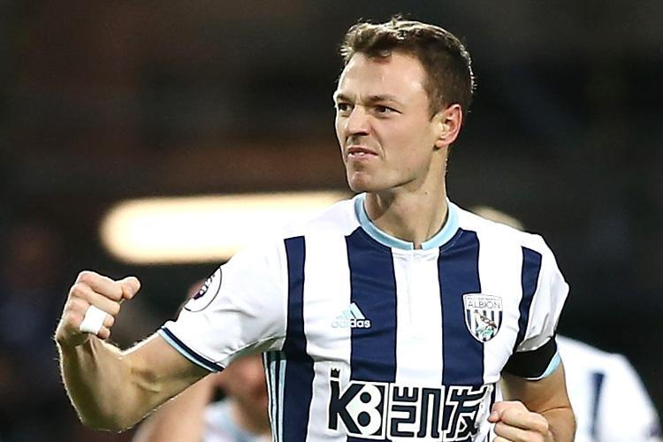 Manchester United want to sign West Bromwich Albion's Jonny Evans