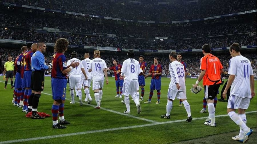 Sergio Ramos Shrugs Aside Guard of Honour Row