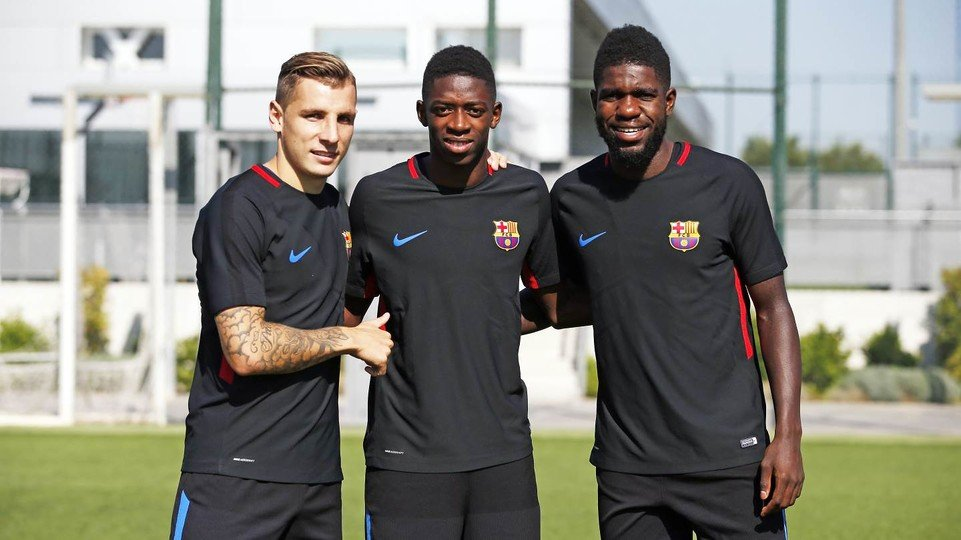Everton confirm signing of defender Lucas Digne from Barcelona