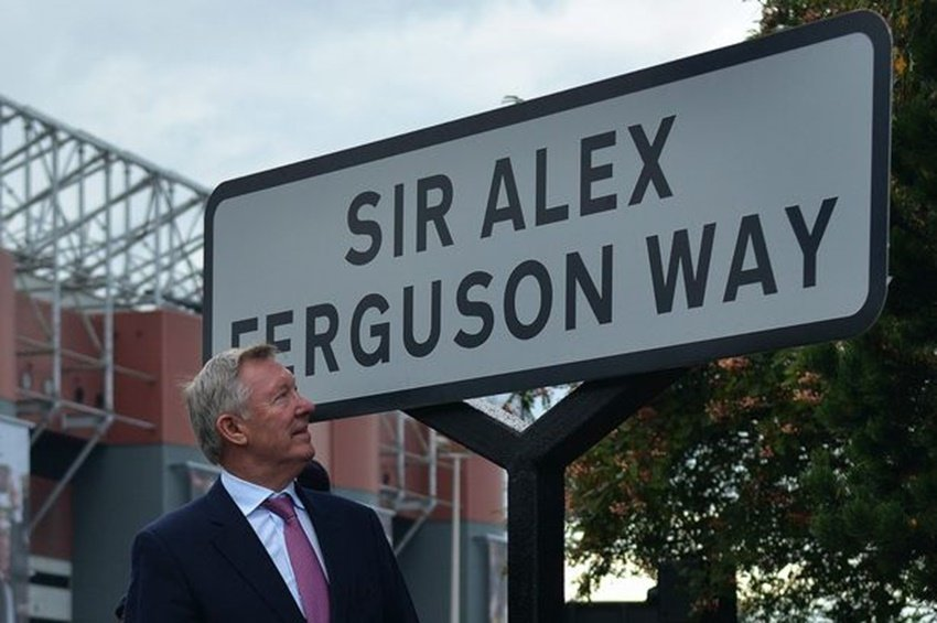 Man United legend has criticized Ferguson tactics in UCL finals