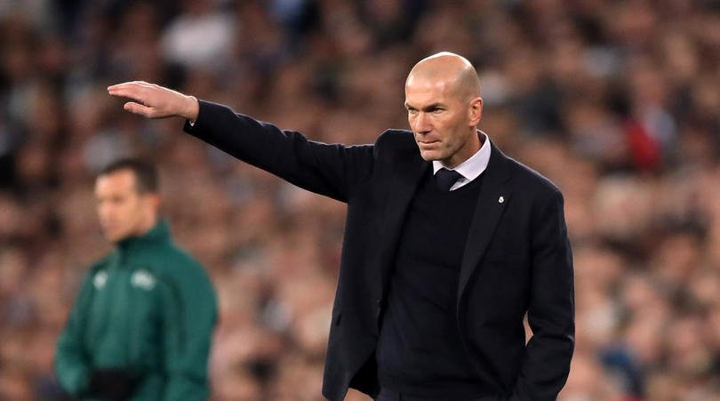 Barcelona star Arturo Vidal suggested James Rodriguez leave Real Madrid due to problems with Zidane.