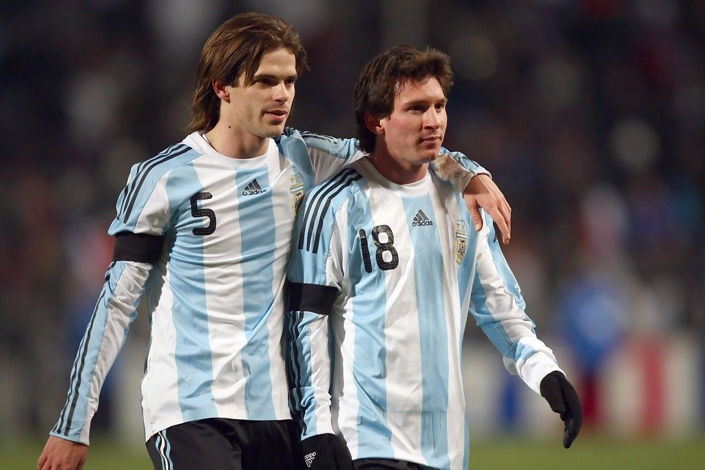 Gago with Messi