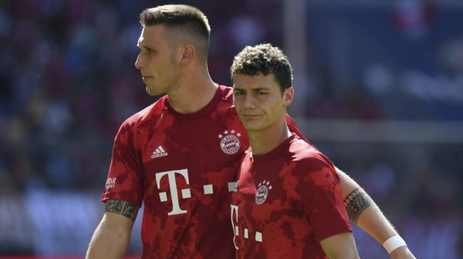 Chelsea are looking to steal Bayern Munich's defensive options