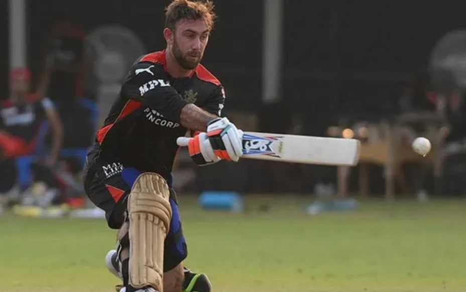 Video: Maxwell hits superb reverse sweeps in RCB nets session