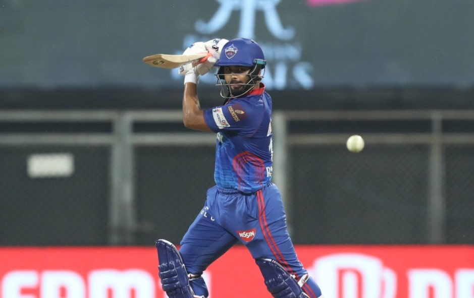 Video: Riyan Parag gets rid of Rishabh Pant in the form of a direct hit