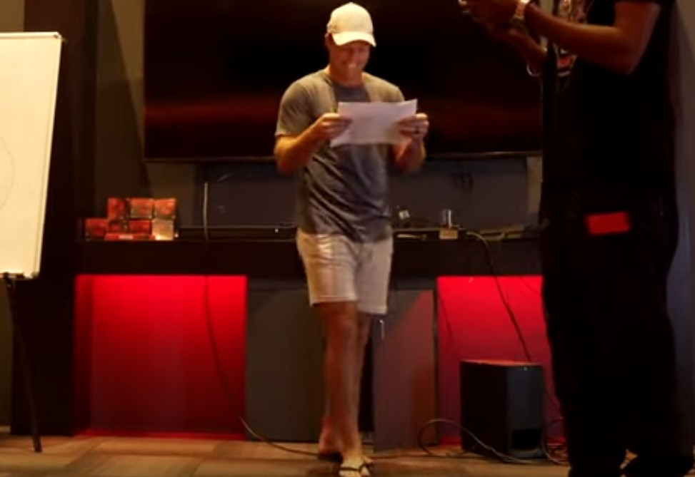 Twitter reacts as Siraj and Chahal recreate Ajmal-Malik drop to deny Harshal a wicket