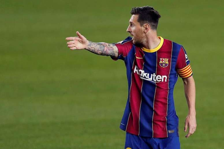 Barcelona captain Lionel Messi makes a controversial claim about referee