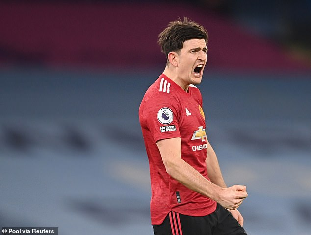 Manchester United look for defender to pair with Harry Maguire