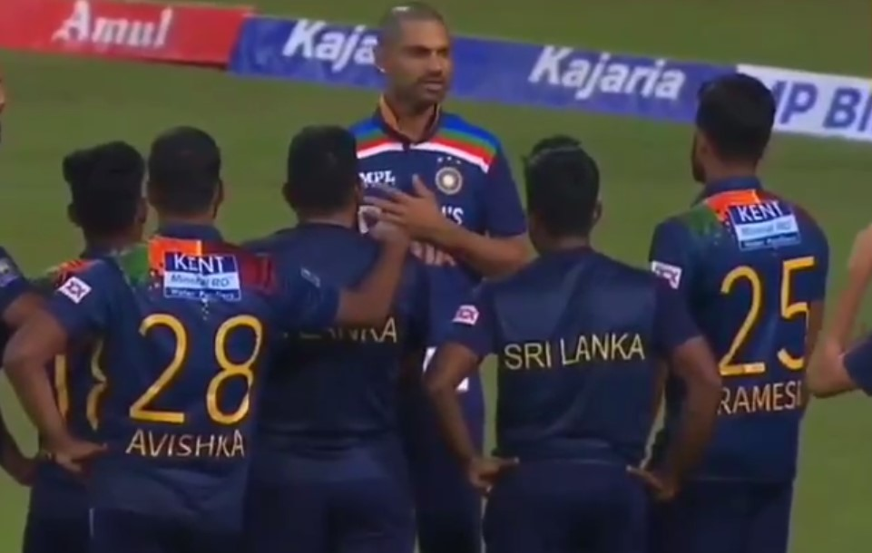 Video: Dhawan shares his experience to Sri Lankan players after third T20I